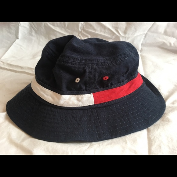 cb086f918f2 Tommy Hilfiger Bucket Hat. M 5b69fae47ee9e2e98c464bf5. Other Accessories ...